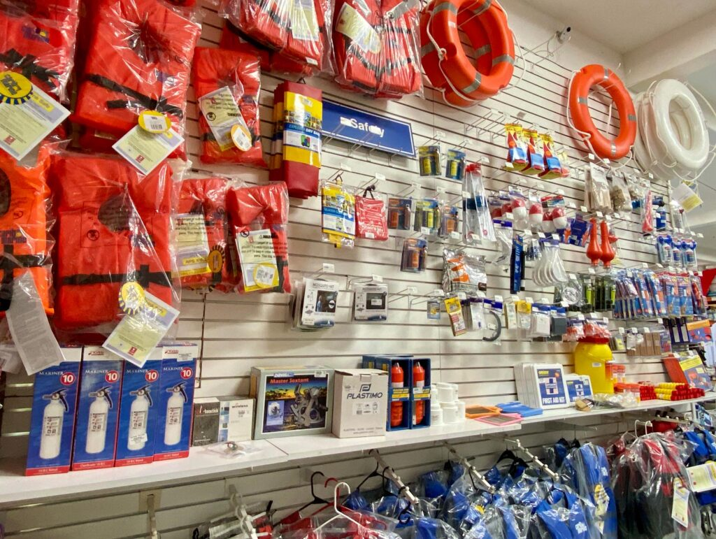 Budget Marine life vests and other items for sale