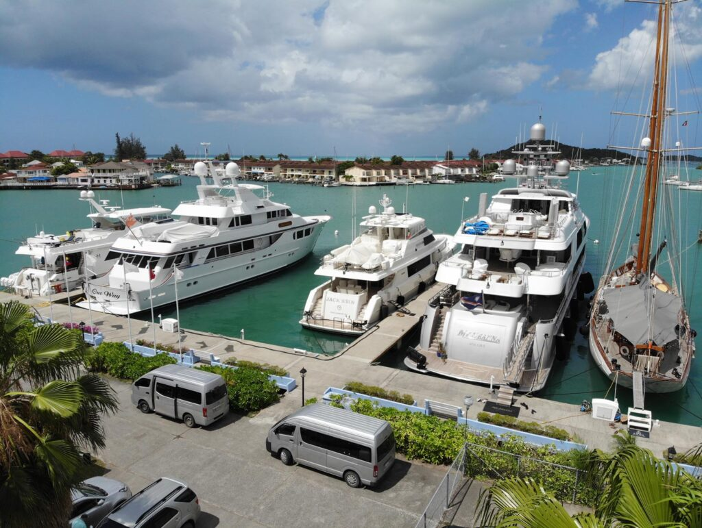 Taxi service at the harbour dock